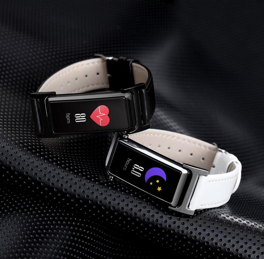 KingWear KR03 Smart Bracelet 0.96 inch nRF51822QFAA 64KB RAM 512KB ROM Heart Rate Monitor Step Count Sedentary Reminder IP68 140mAh Built-in- Black